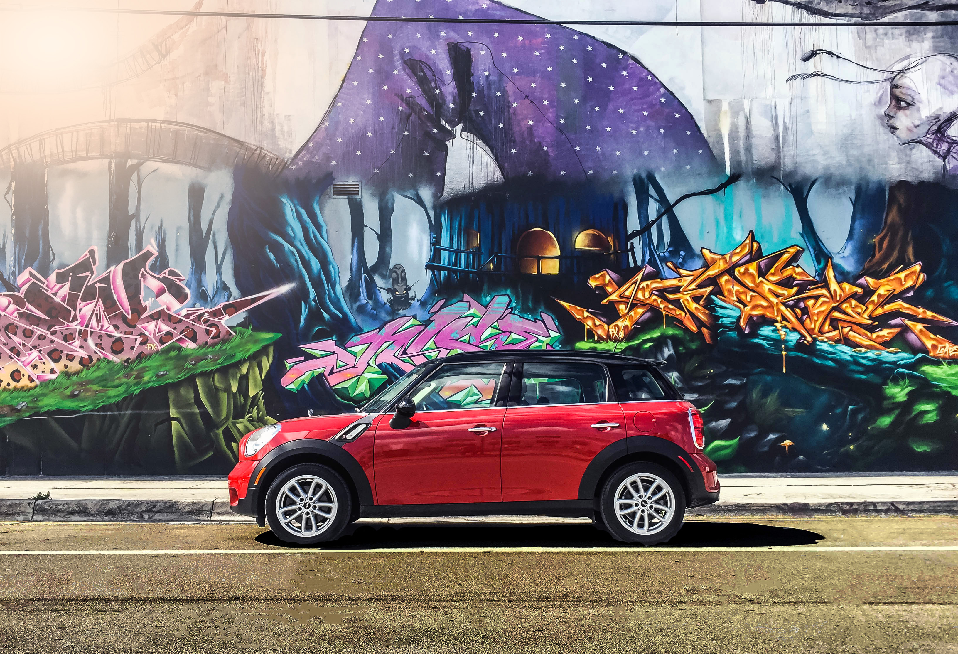 5 Important Features Every Car in Miami Needs